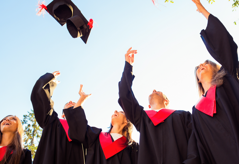 7 Steps to Help Fresh Graduates Become More Employable-2
